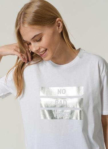 People By Fabrika Kadın Baskılı Tişört PFKSS21TS0085 Beyaz